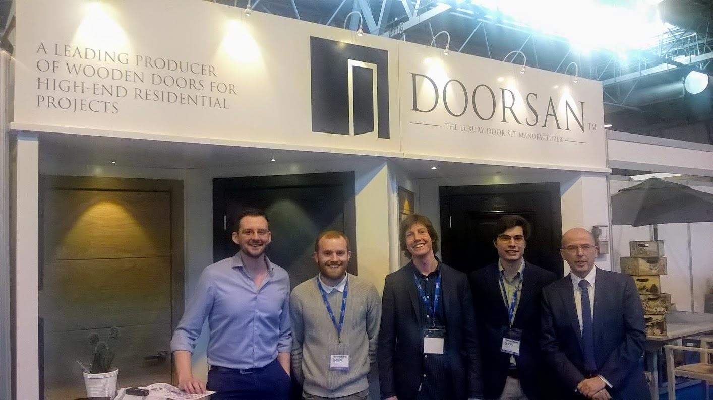 homebuilding and renovating show team doorsan